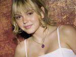 Aimee Teegarden - 1024x768