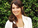 Ashley Tisdale - 1024x768