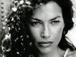 Carre Otis - 1024x768