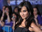 Demi Lovato - 1024x768