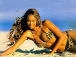 Tyra Banks - 1024x768